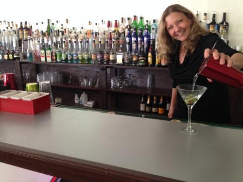 normal_bonnie_the_bartender.jpg